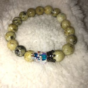Yellow turquoise crystal skull beaded bracelet